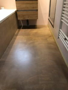 stoer wonen, betonlook vloer